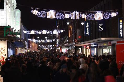 when are newcastle s christmas lights being turned on