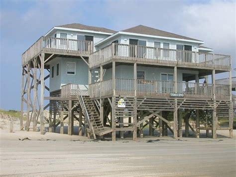 beach houses on stilts tiny beach house on stilts beach cottage on stilts