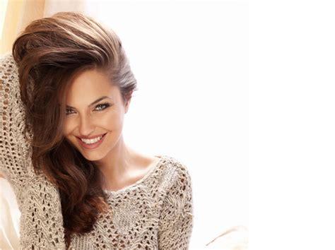 alimentazione capelli sani capelli sani e disintossicati in 5 mosse sfilate it