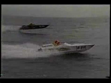 fountain boats youtube fountain powerboats vs pantera 28 offshore powerboat