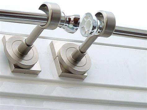 gardinenschiene anbringen ohne bohren gardinenstange ohne bohren mit magneten anbringen