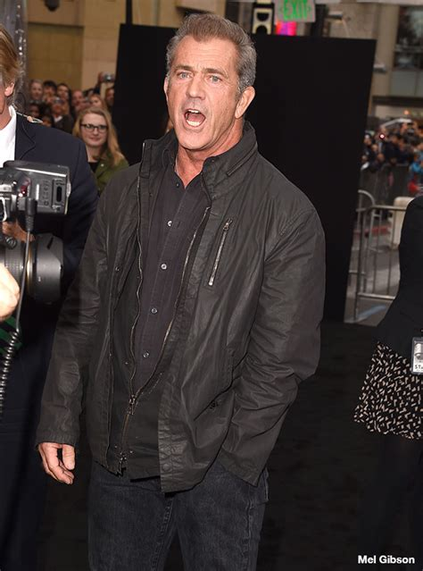 mel gibson locks lips with 24 year old girlfriend rosalind ross in mel gibson attacks photographer denies claims he shoved