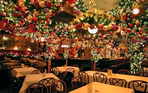 christmas decoration restaurant ideas holliday decorations 10 holiday themed restaurants in new york kid 101