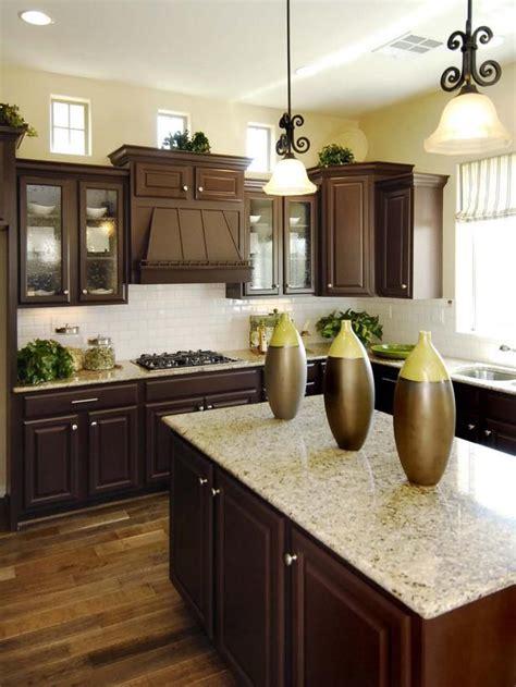 best 25 wooden kitchen cabinets ideas on pinterest best 25 dark wood kitchens ideas on beautiful kitchen