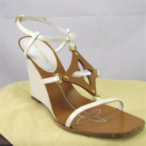 Sandal Wedges Opp10 Lv Murah 68 Louis Vuitton Shoes Louis Vuitton Capricieuse