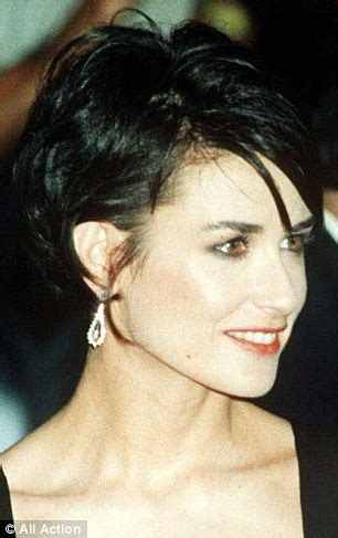 who cuts jane moores hair demi moore short bob haircut google search my style