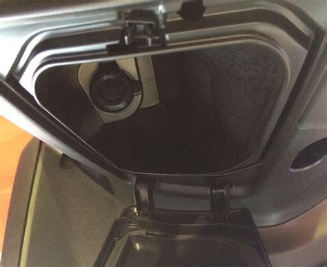 Voltmeter 2 Usb Charger Hp Di Motor Voltmeter Dual Usb Motor charger hp di motor vario impremedia net