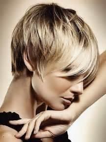 coupe de cheveux femme court rond