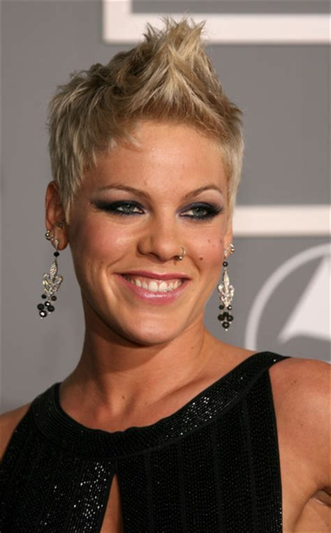 singer hairstyles pink the singer short hair hairstyles