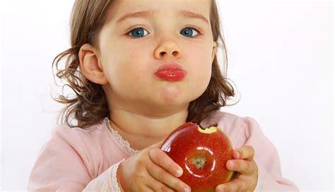 bambini alimentazione nutrizione bambini