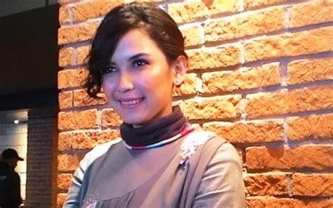 film kolosal 2017 dinda kanya dewi ternyata berhasrat main film kolosal