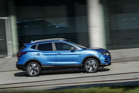 2019 Nissan Qashqai by 2019 Nissan Qashqai Launches With New 1 3 Liter Engine
