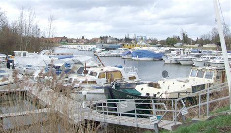 file jean de losne port fluvial jpg wikimedia
