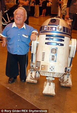 anthony daniels películas star wars c 3po actor anthony daniels reveals feud with
