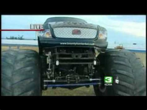 monster truck show sacramento monster trucks roar at sacramento raceway youtube