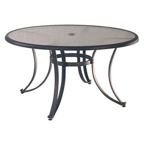 Decaper Une Table De Jardin En Bois