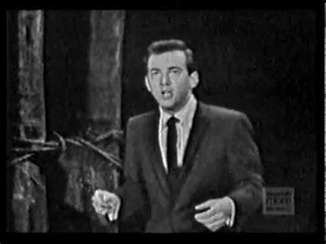 kevin spacey the curtain falls mack the knife kevin spacey as bobby darin doovi