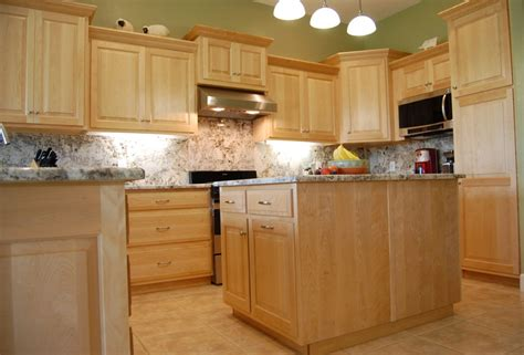 Light Maple Kitchen Kitchen Backsplash Ideas With Light Maple Cabinets Fanti