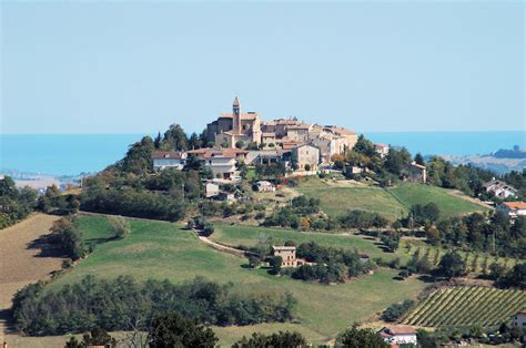 le marche looking for a home in italy consider le marche italy