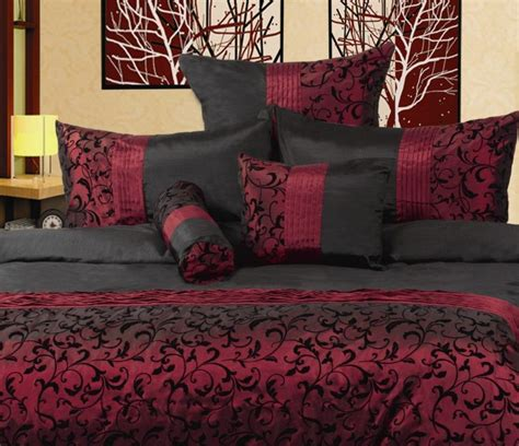 Burgundy Bedroom Decorating Ideas by The 25 Best Burgundy Bedroom Ideas On Bedroom