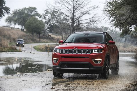 jeep india compass 2017 jeep compass brochure leaked ahead of august launch