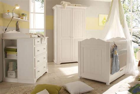 babyzimmer weiss landhausstil kleiderschrank landhausstil cinderella romantik stil