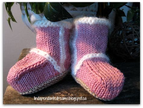 baby knitted ugg boots knitted baby ugg boots pattern