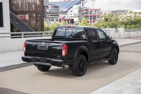 nissan midnight nissan introduces midnight editions of the frontier titan