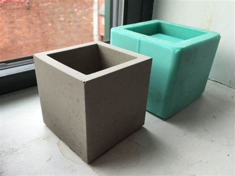 Concrete Planter Mold by 25 Best Ideas About Silicone Molds On Concrete And Cement Sealants Concrete