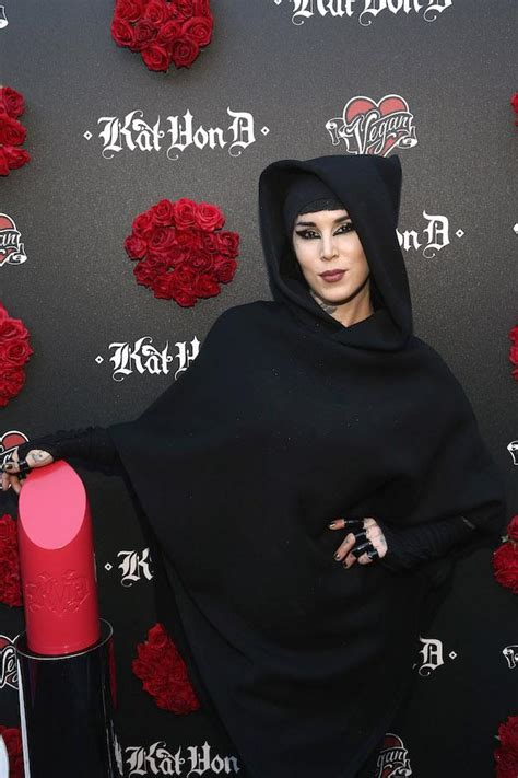 la ink star kat von d announces pregnancy with leafar seyer