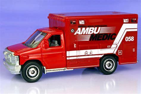Matchbox 2009 Ford E 350 Ambulance ford e 350 ambulance 2009 matchbox cars wiki fandom powered by wikia