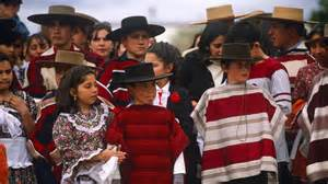 What clothing is traditional in chile reference com