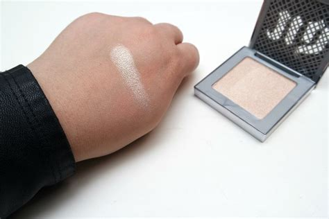 Highlighter Decay decay afterglow highlighter in the beautynerd