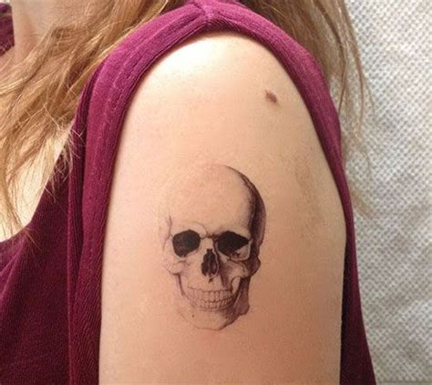small cute skull tattoos 25 best ideas about small skull on small