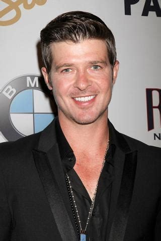robin thicke hairstyles celebrity hairstyles by robin thicke smile hairstyle celebrity pics