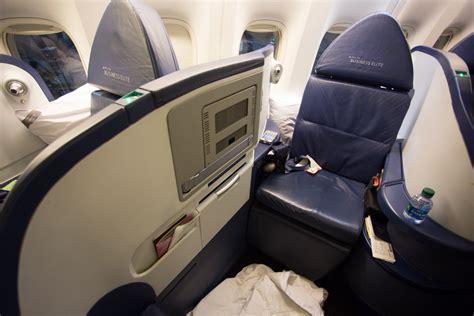 delta airlines business class seat configuration inflight review delta air lines 777 200 business elite
