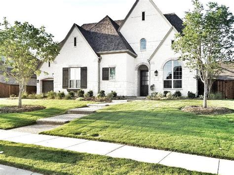 white brick house best 25 white brick houses ideas on pinterest brick exterior makeover painting