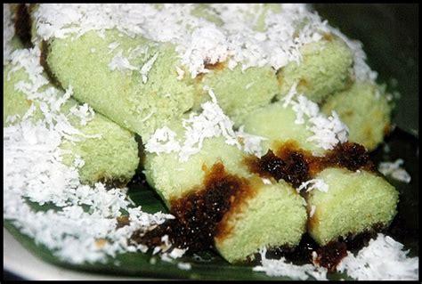 makanan tradisional khas indonesia  menggunakan gula