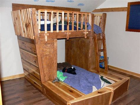 Pirate Ship Bunk Bed Pirate Bunk Bed Pirate Ship Theme Bunk Bed With Hideout And By Dreamcraftfurniture Flexa