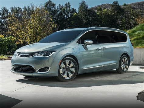 Chrysler Hybrids by 2017 Chrysler Pacifica Hybrid Deals Prices Incentives
