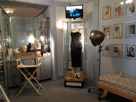 hollywood actress makeup room a hollywood flashback vintage decorating with max factor