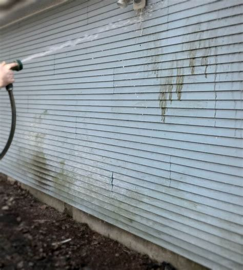 how to clean siding on house mildew how to clean siding on house 28 images aluminum siding