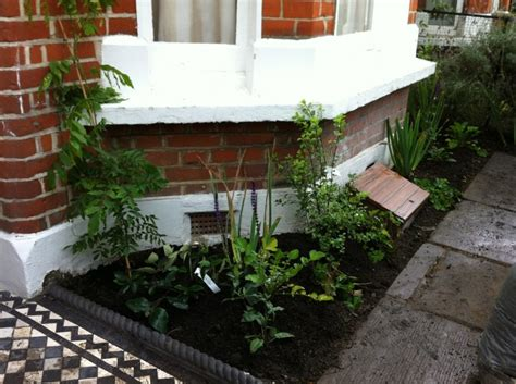 Small Terraced House Front Garden Ideas Terrace Front Garden Ideas Search Garden Paths And Stairs