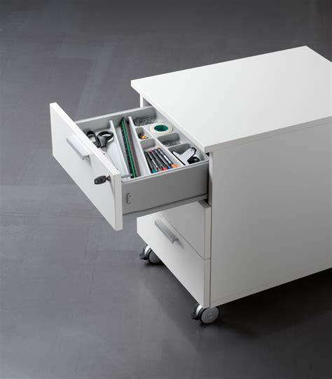 accessori scrivania ufficio scrivania per ufficio scrivania componibile