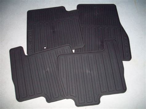 Lincoln Navigator Floor Mats by 2007 2008 2009 2010 Lincoln Navigator All Weather Floor