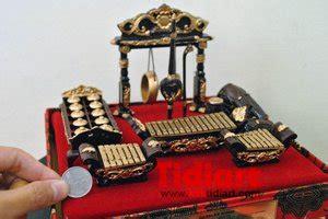 jual miniatur gamelan set klasikplakat uniksouvenir khas