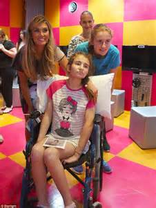 The voice kids australia s delta goodrem at sydney children s hospital