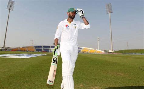 pakistans shoaib malik retires from test cricket times shoaib malik announces retirement from test cricket