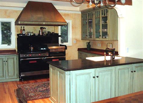 Faux Painted Kitchen Cabinets by Faux Finish Kitchen Cabinets A Beautiful Alternative