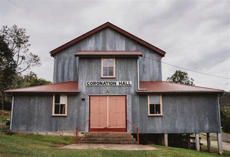 beautiful australia barn farm  homestead wedding venues